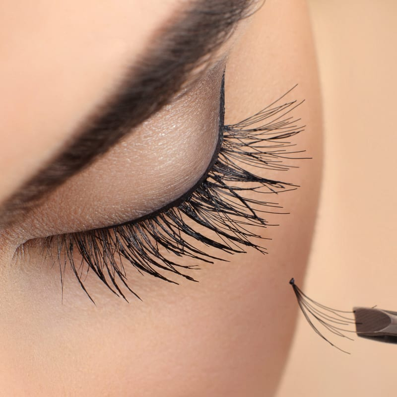f594b893571 Eyelash Extension Course UK - 1 Day Eyelash Training | Chic Beauty